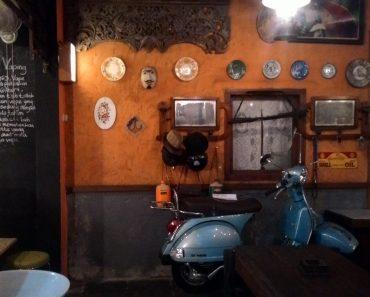 grandfather coffeeshop surabaya - tempat nongkrong seru anak muda