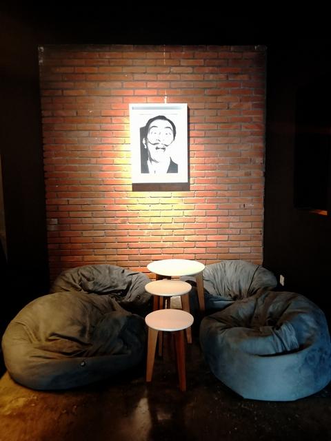 interior culturehead coffee yogyakarta