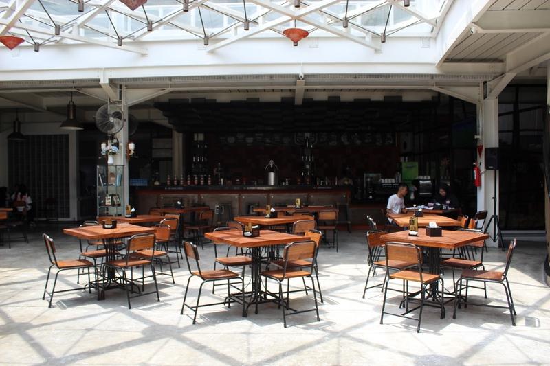 eksterior silol kopi & eatery yogya